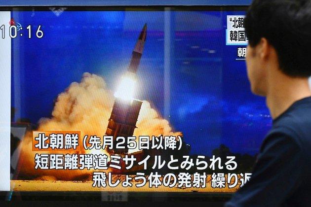 """La Corée du Nord tire des """"projectiles"""" après avoir annoncé des discussions avec Washington"""