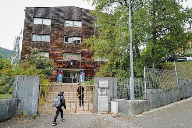 """Collégiens intoxiqués dans le Jura: aucune piste """"ne se dessine"""", selon le procureur"""