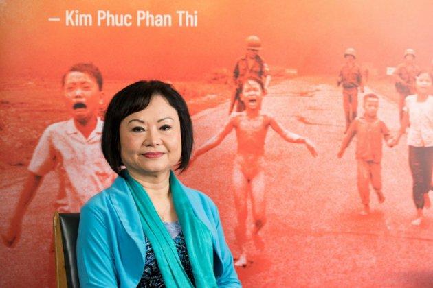 """Kim Phuc, """"la petite fille au napalm"""", se raconte 47 ans après"""