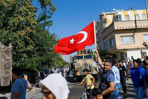 En Syrie, les forces kurdes luttent pour contrer un assaut de la Turquie