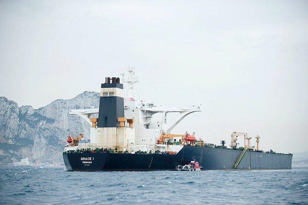 Explosions sur un tanker iranien: de possibles frappes de missile (entreprise)