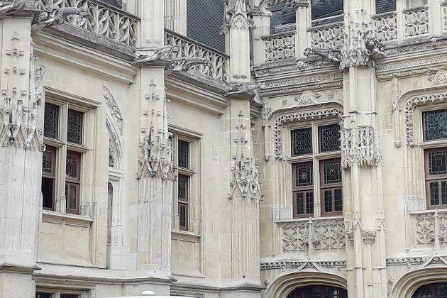 À Rouen, un homme condamné pour vols de cosmétiques