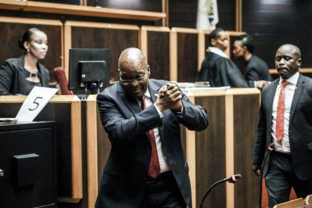 Afrique du Sud: l'ex-président Zuma sur le banc des accusés pour corruption