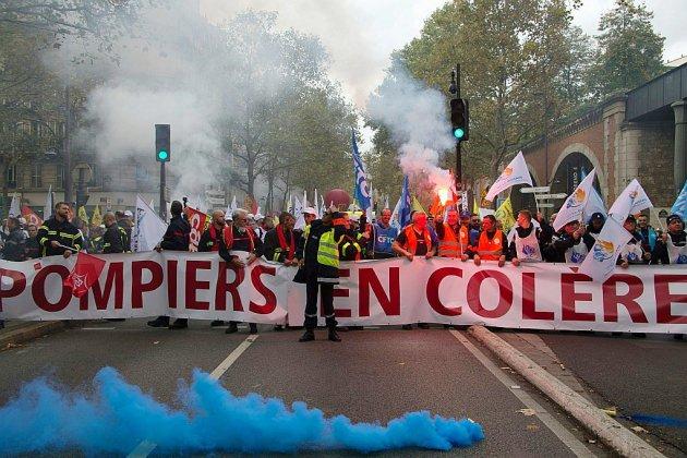 La colère d'un pompier après la répression de la manifestation parisienne