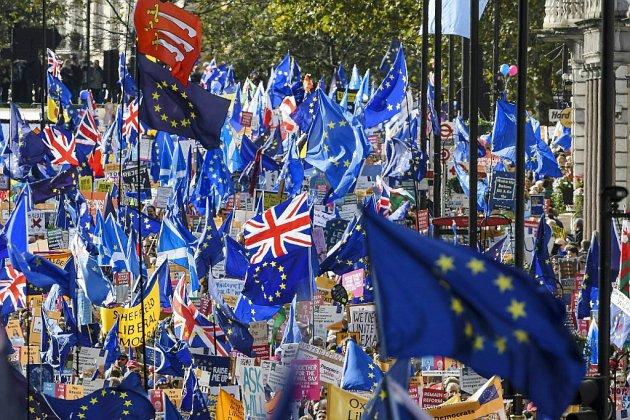 Brexit: la crise relancée après le camouflet subi par Johnson au Parlement