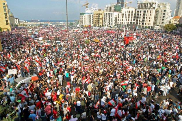 Liban: cinquième jour de manifestations, plan de réformes attendu