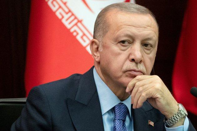 """Syrie: l'offensive reprendra """"avec une plus grande détermination"""" faute d'un retrait kurde déclare Erdogan"""
