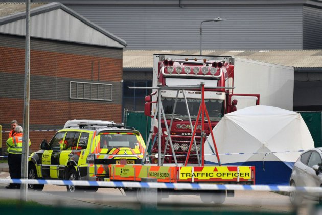 Royaume-Uni: 39 corps découverts dans un camion à l'est de Londres