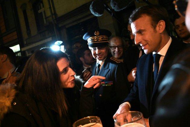 """Lubrizol: """"Pas de défaillance"""" des services de l'Etat, affirme Macron"""