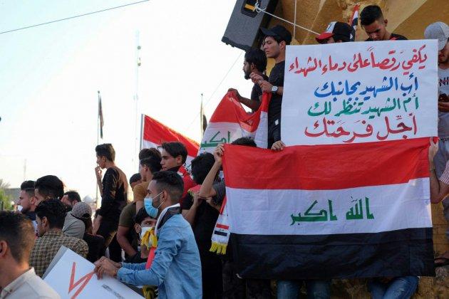 """Irak: grèves à Bagdad et dans le sud pour réclamer """"la chute du régime"""""""