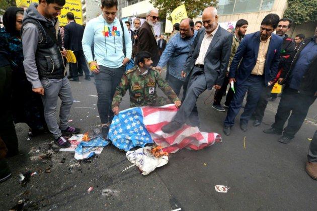 """""""Mort à l'Amérique"""": l'Iran célèbre la prise d'otages de 1979"""
