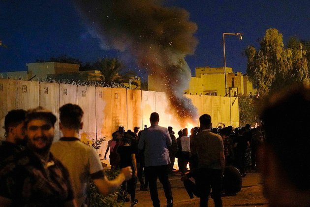 Irak: tirs sur les manifestants à Bagdad après une nuit de violences à Kerbala