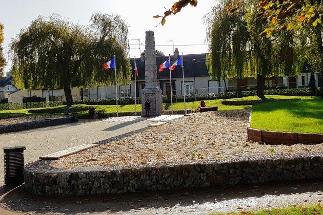 11 novembre: le square du Poilu a été réaménagé
