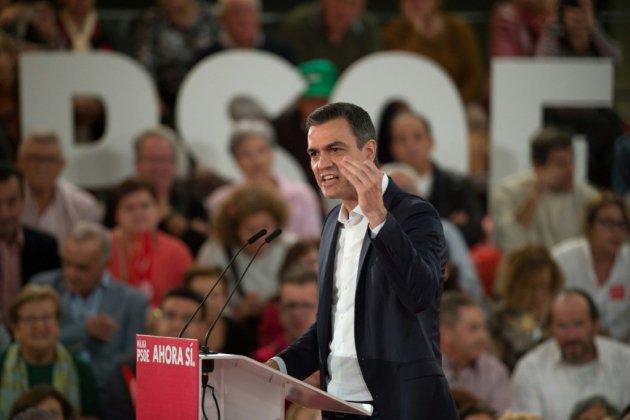 Espagne: Vox dans toutes les têtes au dernier jour de campagne