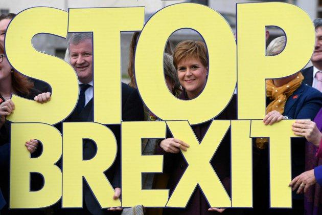 """GB/Elections: Les indépendantistes écossais veulent """"échapper au Brexit"""""""
