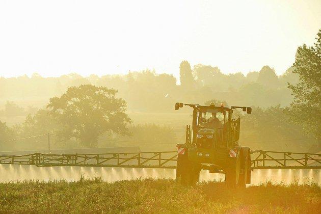 Supprimer le glyphosate aura un coût élevé, prévient un rapport parlementaire