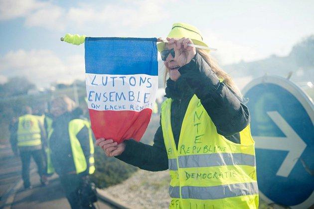 """""""Gilets jaunes"""": deuxième journée de manifestations dans le calme pour le premier anniversaire"""