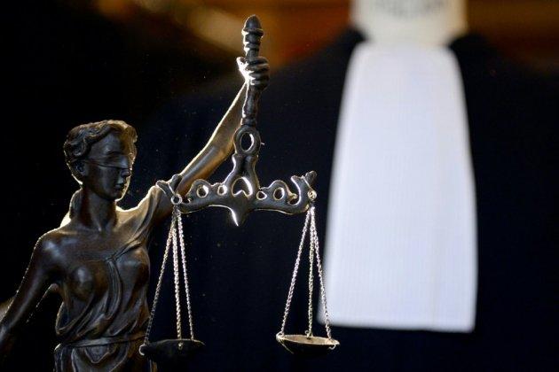 """Chirurgien accusé de pédophilie: """"250 victimes potentielles"""", 184 plaintes"""