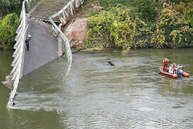 Pont effondré en France: le camion pesait plus du double du poids autorisé (maire)