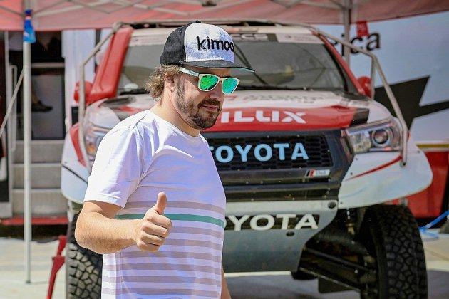 """Dakar-2020: un """"nouveau challenge"""" controversé en Arabie saoudite avec Alonso en guest-star"""