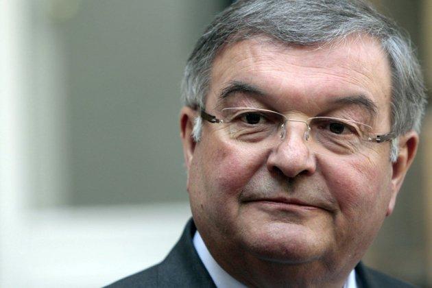 Eurodéputés MoDem: l'ex-garde des Sceaux Michel Mercier mis en examen