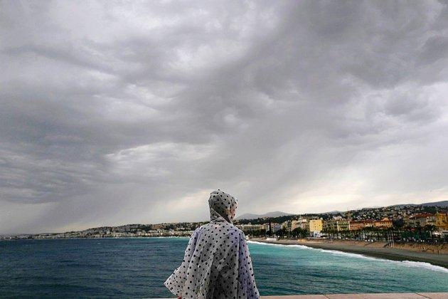 Fortes pluies dans le Sud: un homme porté disparu, des centaines d'évacuations