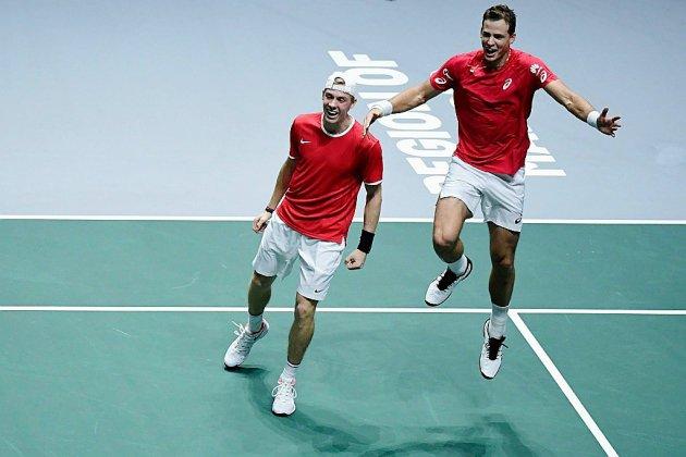 Coupe Davis: le Canada se qualifie pour la finale en battant la Russie