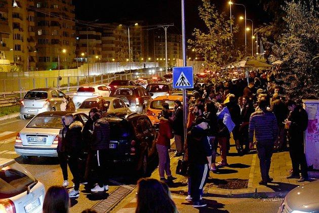 Séismes en Albanie: quatre morts et 150 blessés légers