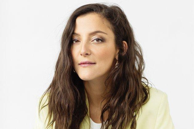 Camille Lellouche en interview avant son spectacle