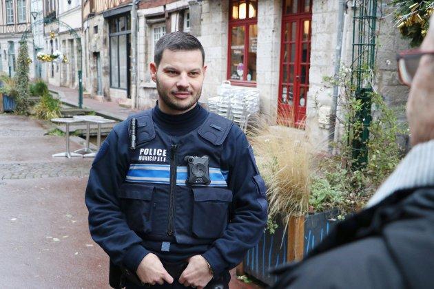 La police municipale expérimente les caméras-piétons