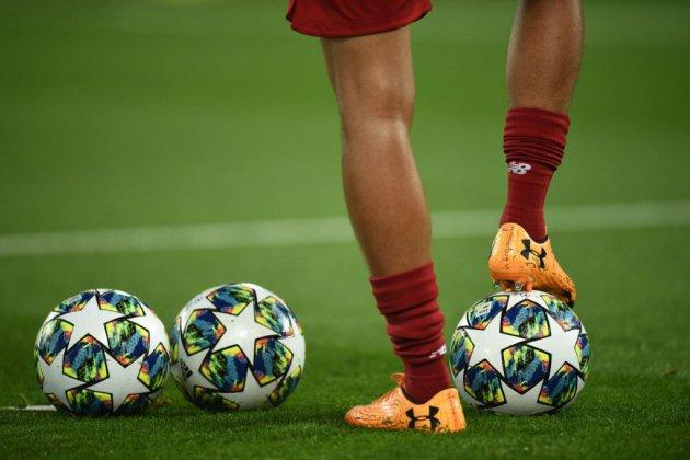 Ligue 2: le leader Lorient coule à Valenciennes