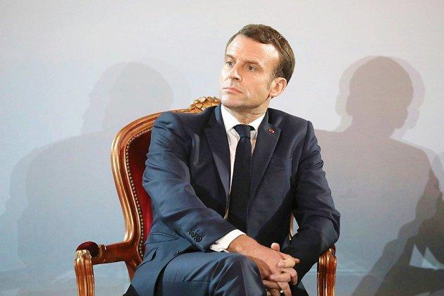 L'opposition relativise le renoncement de Macron à sa retraite