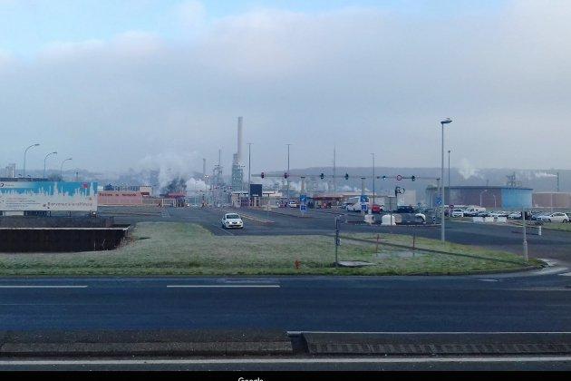 Des salariés de la raffinerie en grève