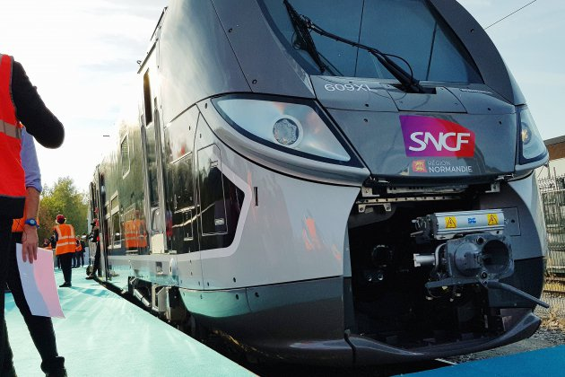 Un train déraille, retards à la SNCF