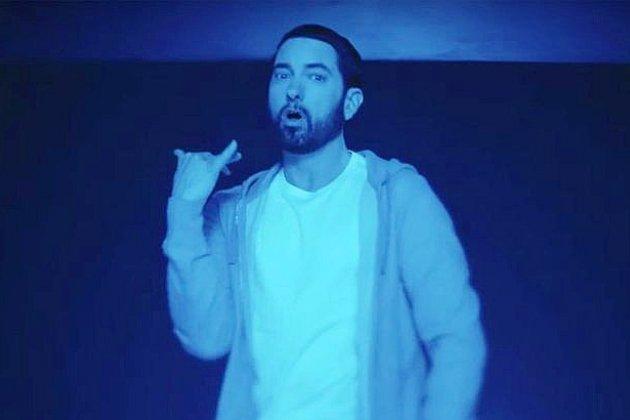 Eminem dévoile un album surprise et un nouveau clip très politique