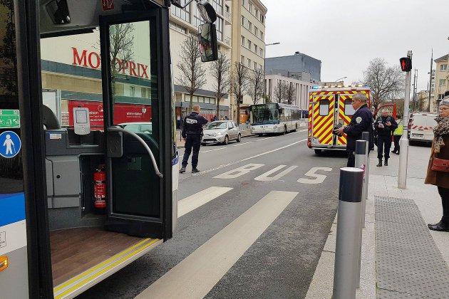 Collision entre un bus et un piéton: un homme dans un état grave