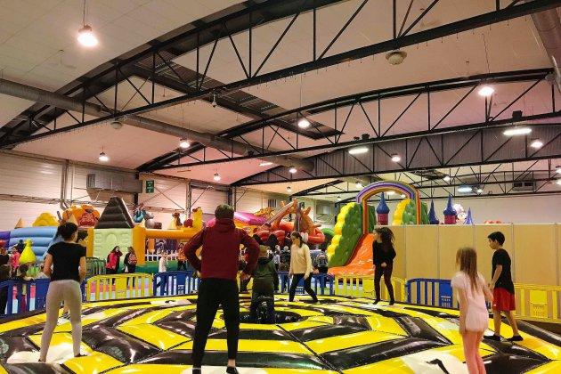 Loisirsland: un gigantesque parc d'attractions installé au parc expo!