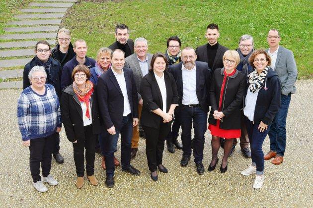 Municipales: la moitié de liste d'Emmanuelle Lejeune dévoilée