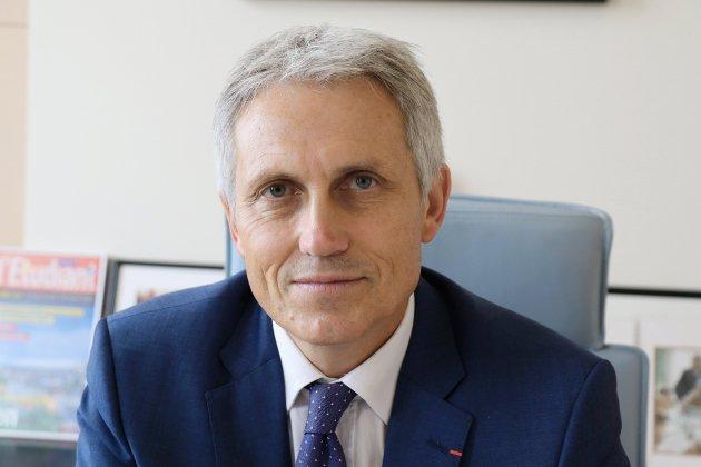 Joël Bruneau, le maire de Caen, de retour aux affaires