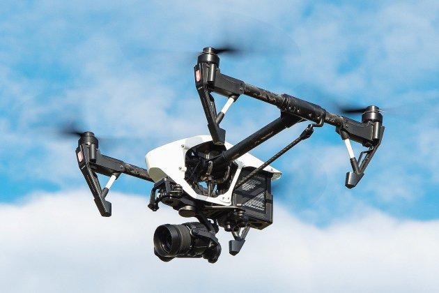 Confiné, il obtient un rendez-vous grâce à son drone