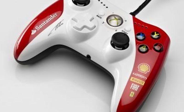 Une manette de jeu signée Fernando Alonso