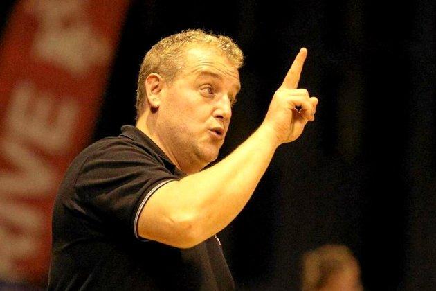 La JS Cherbourg recrute l'un des plus grands entraîneurs français !