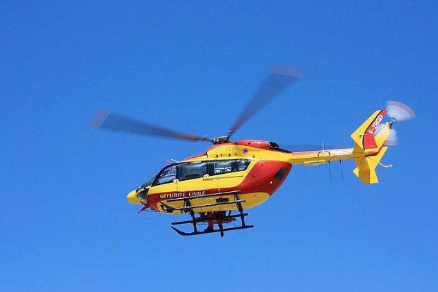 Un parapentiste coincé à flanc de falaise secouru par hélicoptère