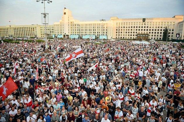 Bélarus: Tikhanovskaïa appelle les Européens à rejeter les résultats de la présidentielle