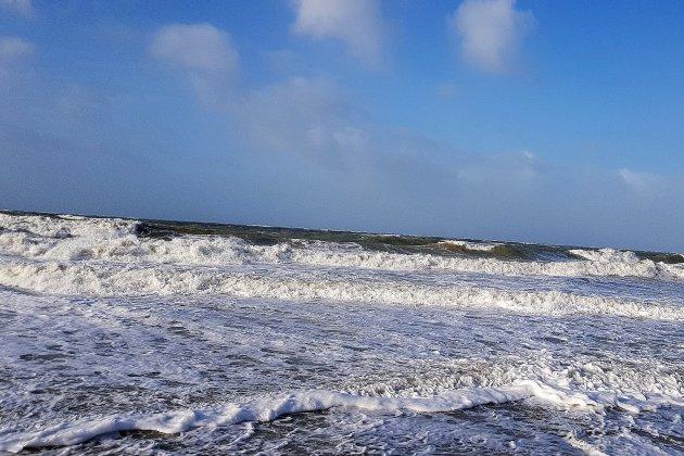 Grandes marées: quatre plages interdites à la baignade