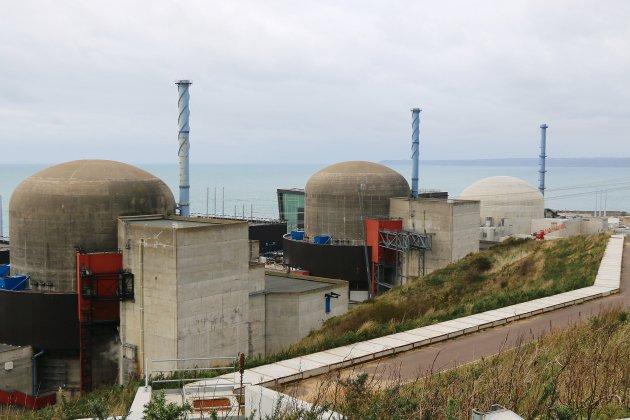 Nucléaire: des associations portent plainte contre EDF