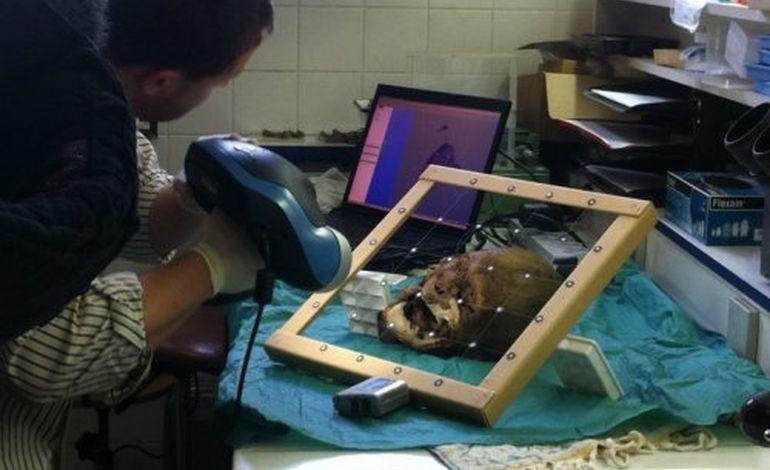 Rouen : ils ont scanné la tête d'Henri IV !