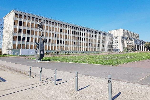"""""""Normandie Université en poche"""": l'application pour guider les étudiants"""