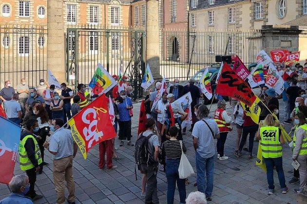 Mobilisation sociale: 300 lettres envoyées à Emmanuel Macron