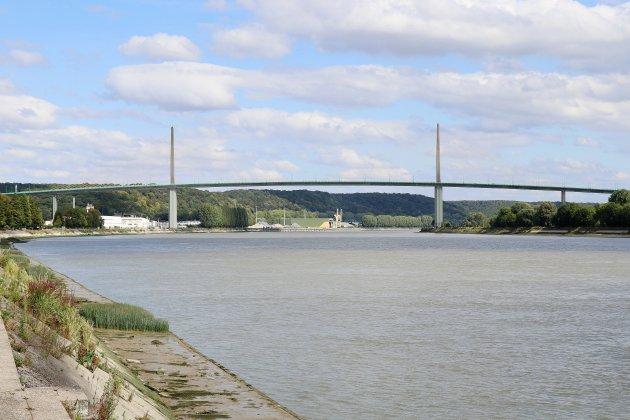 Un homme se suicide depuis le pont de Brotonne